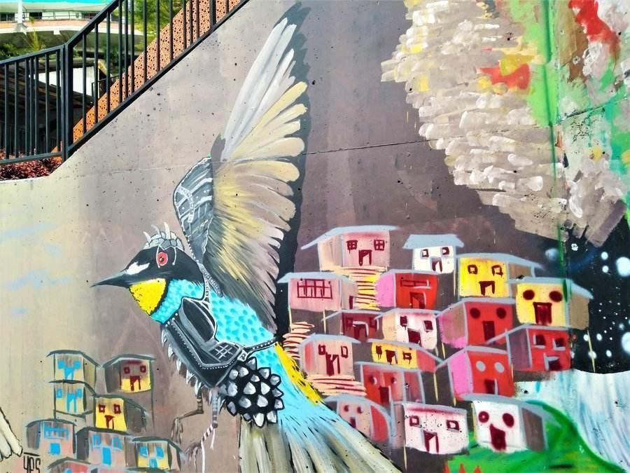 דברים שכדאי לעשות במדג'ין, קולומביה, קומונה 13