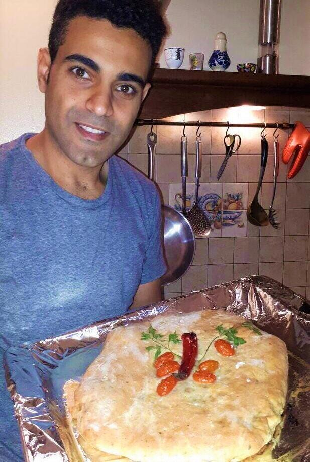 לחם מצרי טרי מהתנור